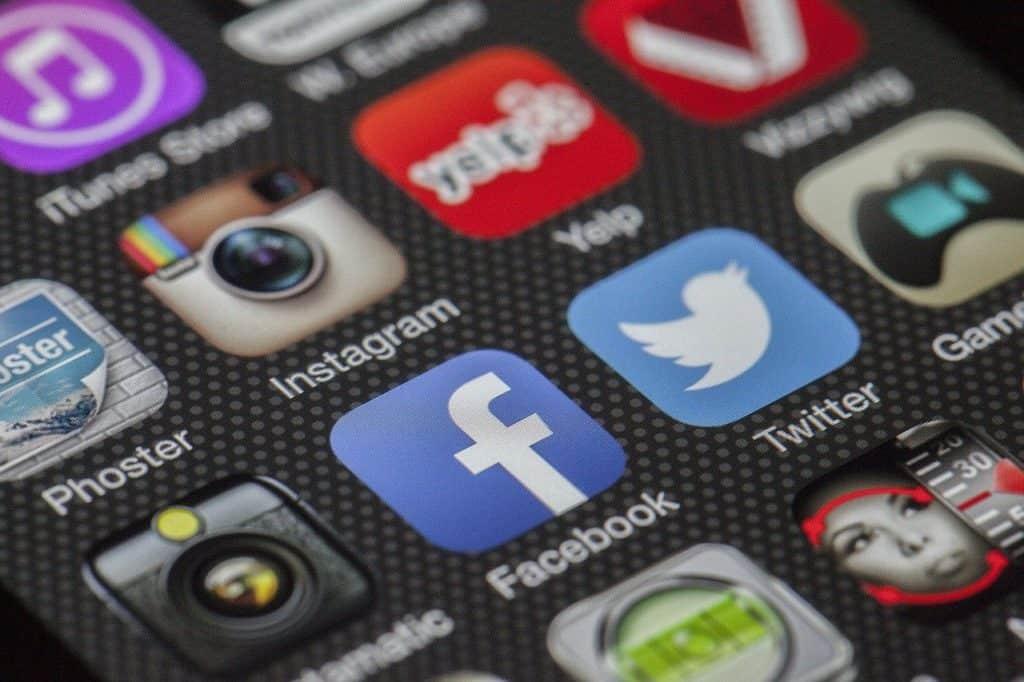 phone, display, apps